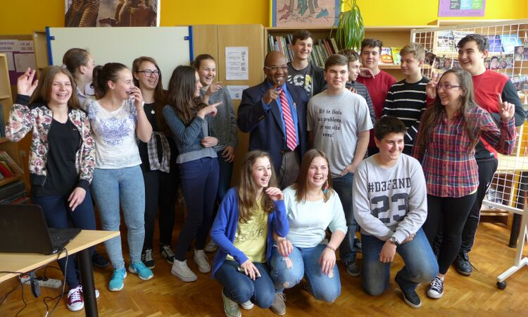 Colin Bucknor, Regional Security Officer, visited the elementary school in Rovišće [State Dept.]