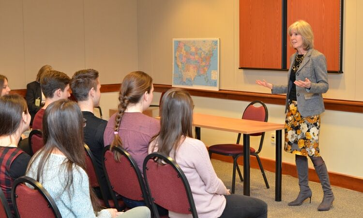Gornjogradska gimnazija students visited the Embassy [State Dept.]