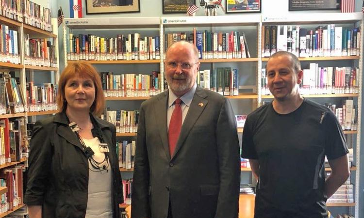 Ambassador Visits American Corner Zadar (State Dept.)
