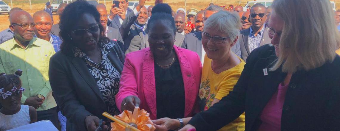 Governo dos EUA e de Angola juntam-se á acepa para ajudarem as vítimas de Catumbela