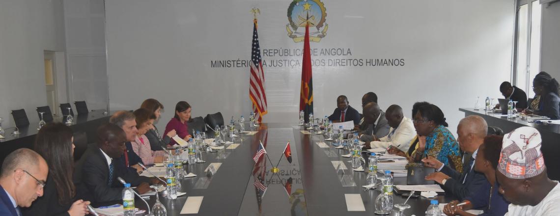 A República de Angola e os EUA concordam em promover os Direitos Humanos