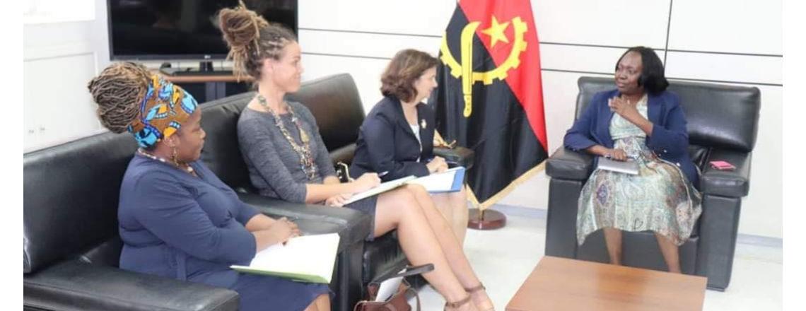 A Embaixadora Nina Fite, teve um encontro com a Ministra da Saúde, Sílvia Lutucuta