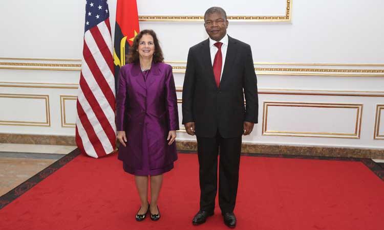 EUA disponíveis para formar quadros angolanos
