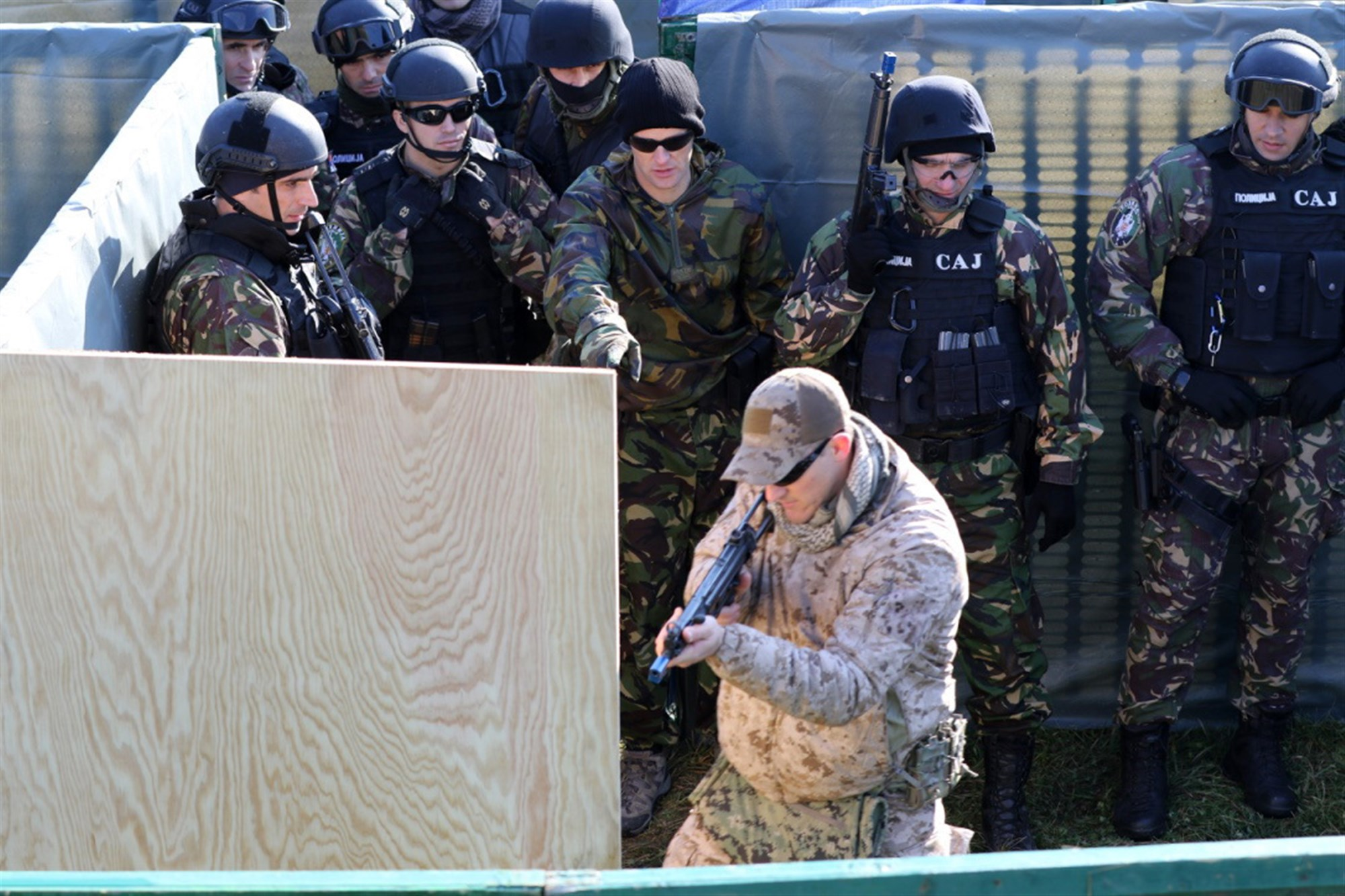 Navy SEALs builds relations with Serbian forces 2 | U S