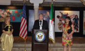 السفير الأمريكي جون ب. ديروشر وزوجته كارين روز
