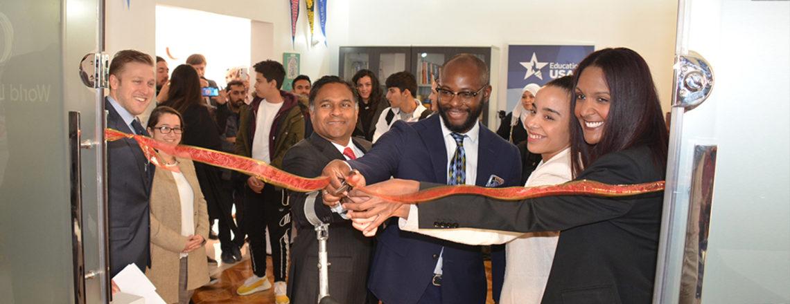 Nouveau centre de conseil EducationUSA au World Learning