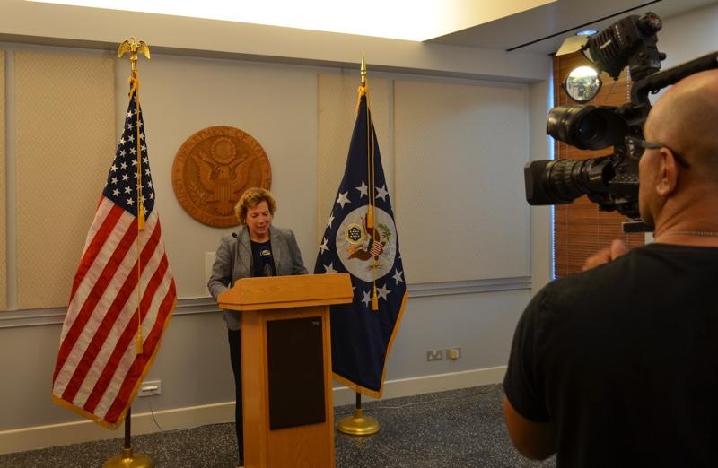 Ambassador Doherty addresses press representatives on U.S. election results
