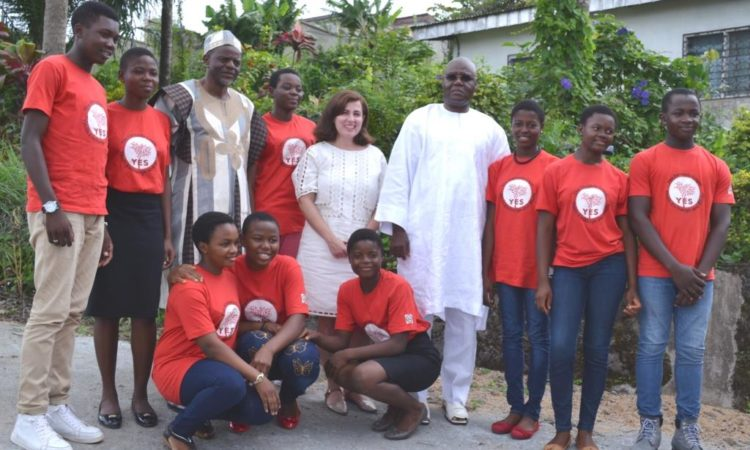 U.S. Embassy Acting Public Affairs Officer Nitza Sola-Rotger with YES Students