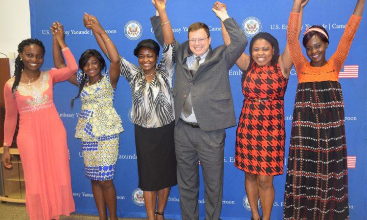 PAO Lee McManis pauses with 2017 Cameroonian Techwomen: Mpara Faith, Meyo Zongo, Beatrice Nguimkeng, Danielle Akini and Patu Ndango Fen. [USEYde Photo]