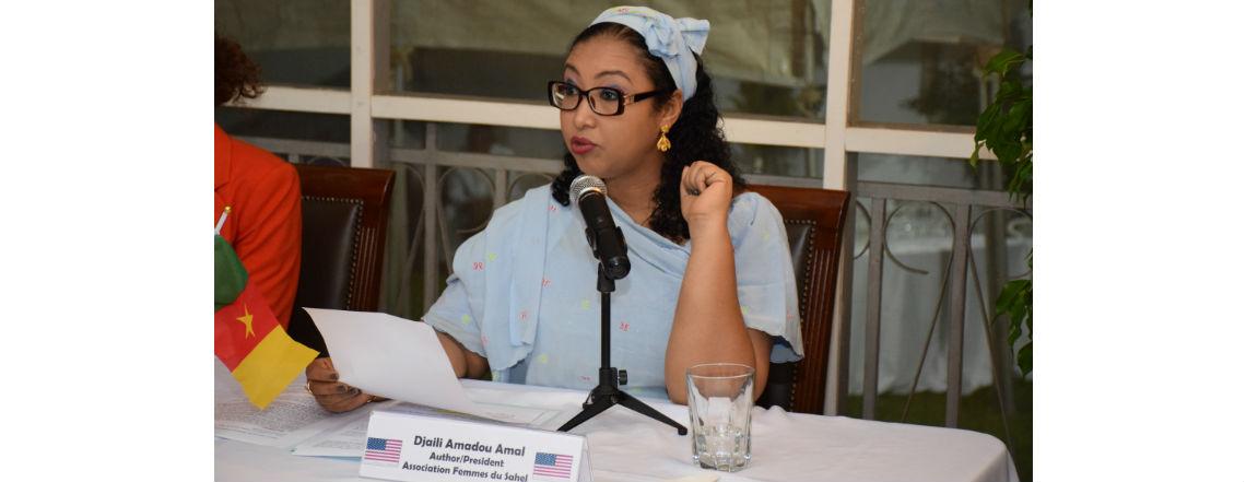 Une célèbre écrivaine à l'ambassade pour la Journée internationale des droits de l'homme