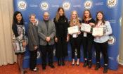 Ambassador's Entrepreneurial Challenge 2017 winning team Indigenus - Jenni Jämsä, Mairi Liukko, Roosa Rautee - and the judges (© State Dept.)