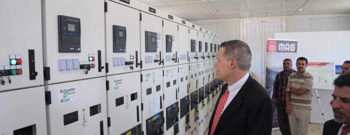 Ambassador Tueller visits a UNDP-restored power station in Telskof and Batnaya
