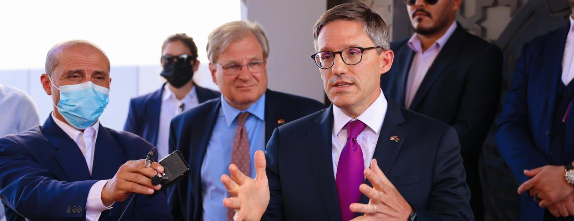 زيارة مستشار وزارة الخارجية الأمريكية شوليت والمبعوث الخاص نورلاند إلى ليبيا