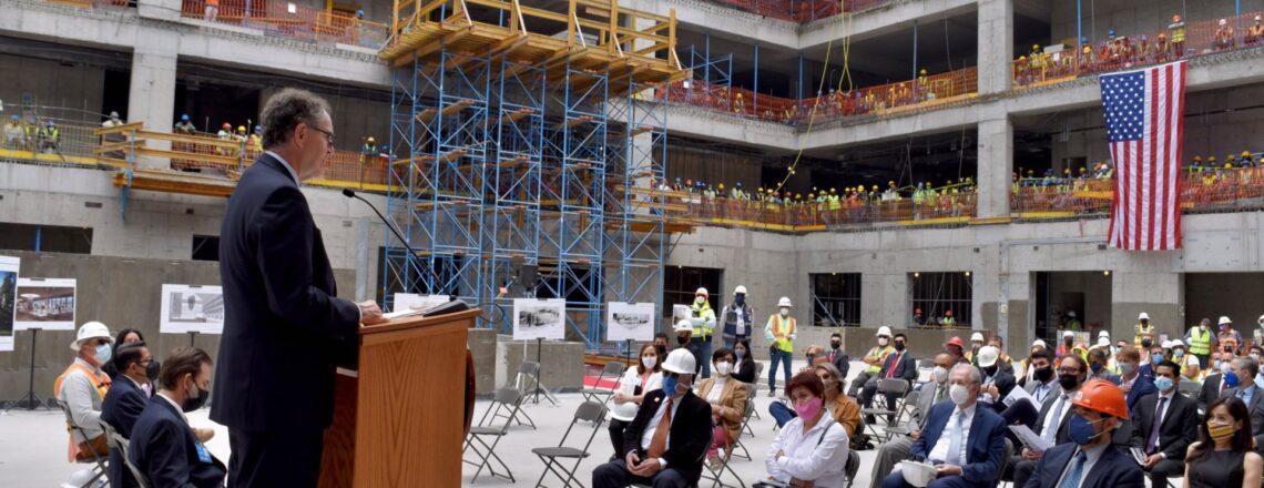 Ceremonia de Finalización de la Estructura del Edificio de la Nueva Embajada
