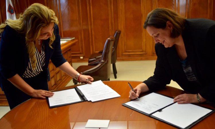 Cónsul General de los Estados Unidos y Presidenta Municipal de la ciudad de Chihuahua renuevan memorandum de entendimiento