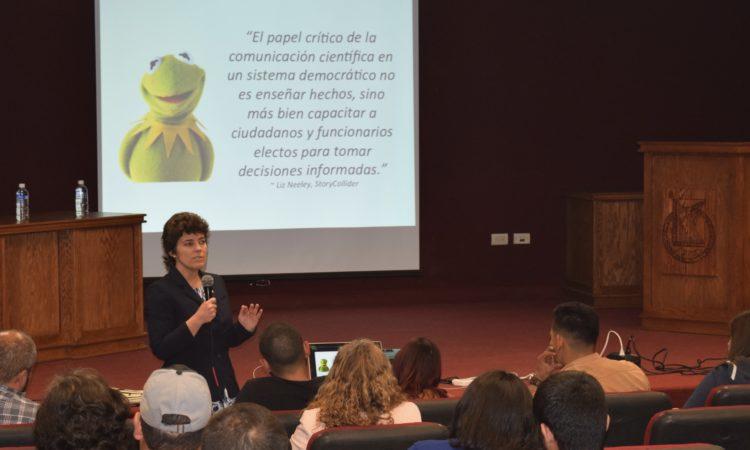 Dr. Karen Lips in Chihuahua