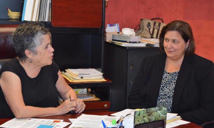 Cónsul General Daria L. Darnell se reunió hoy con la titular de la Comisión Estatal para los Pueblos Indígenas de Chihuahua, María Teresa Guerrero
