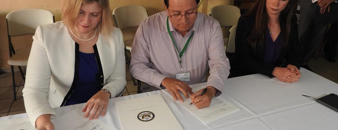 """NORTHCOM donates equipment to """"Albergue Casa Amiga"""" in Hermosillo, Sonora"""