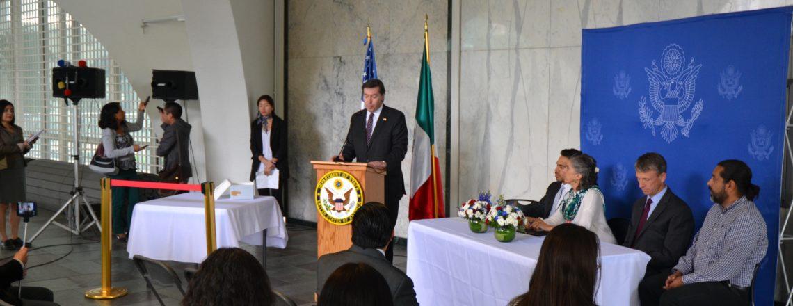 El FBI devuelve dos piezas arqueológicas al INAH de la Secretaría de Cultura