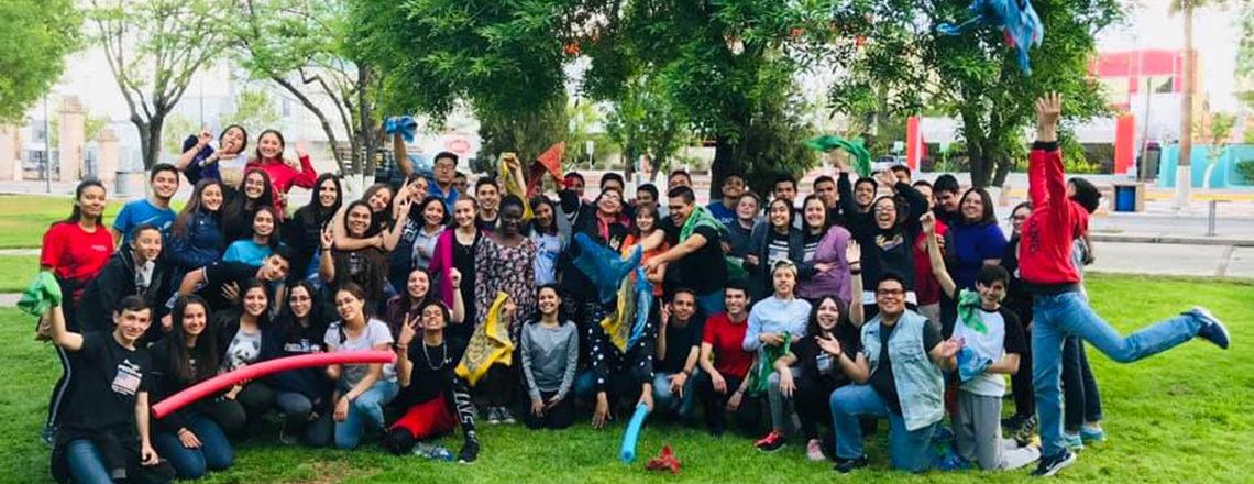 Jóvenes becarios del programa Access en Ciudad Juárez participan en campamento de inglés