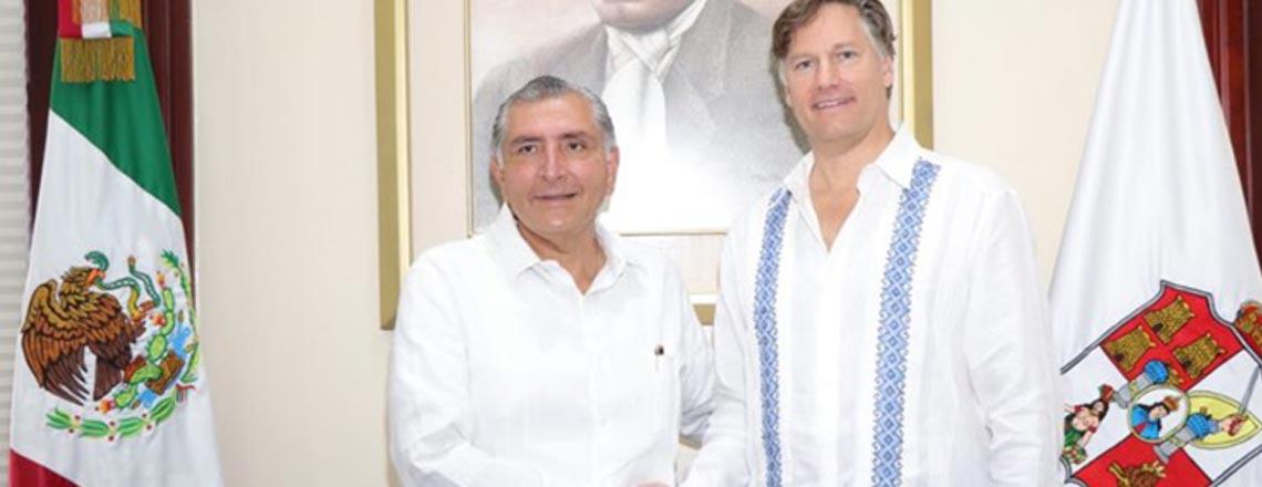 Palabras del Embajador tras reunión con el Gobernador López Hernández