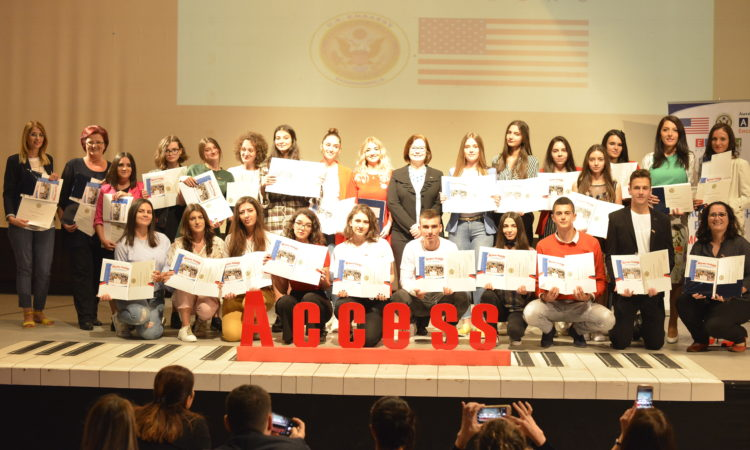 Participants in the U.S. Government-Supported Access English Language Program Graduated in Rožaje