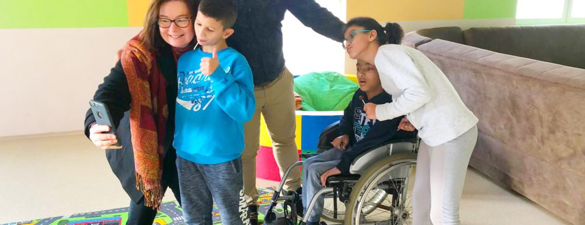 Ambassador Reinke Visits U.S. Funded Facilities for Children with Disabilities in Bijelo P