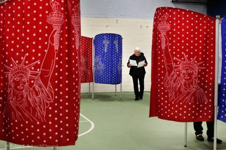 冠状病毒可能使选举程序有所调整,但不可能改变民主制度