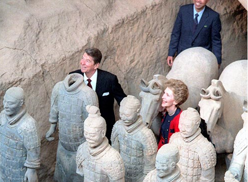 Ronald Reagan and First Lady Nancy Reagan visited the Terra Cotta soldiers