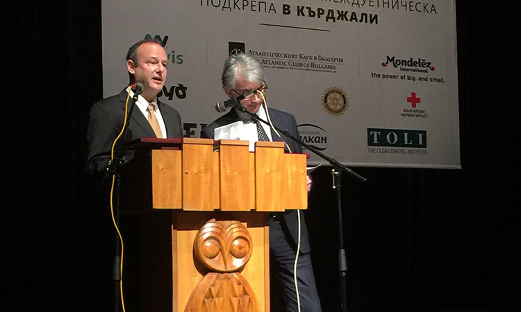 Посланик Рубин в Кърджали (Снимка: Посолство на САЩ)
