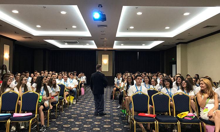 Български ученици се запознаха с опасностите от трафика на наркотици