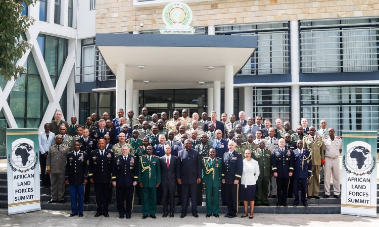 U.S Ambassador to Tanzania Mark Childress with the participants of the African Land Forces Summit (ALFS)