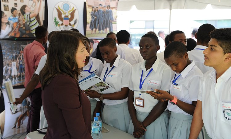 On September 16, EducationUSA facilitated an education fair for more than 150 Tanzanian students to meet admissions representatives from Duke, Northwestern, and Vanderbilt universities.