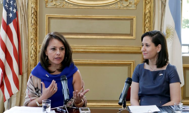 Adryana Boyne and Alejandra Salinas (Photo: Dept. of State)