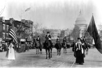 Marcha de defensoras del sufragio femenino en la Avenida Pennsylvania en Washington, D.C. el 3 de marzo de 1913.(Library of Congress)
