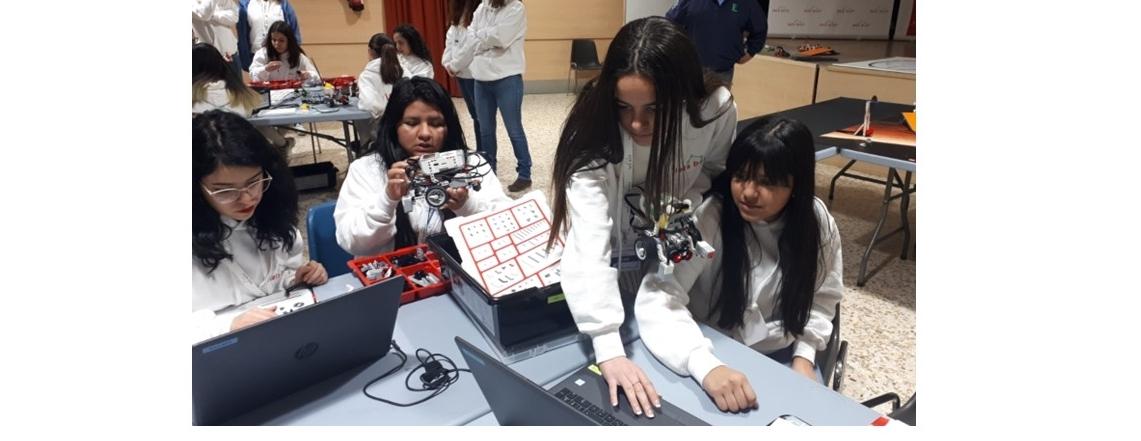 Robótica para niñas en Fuenlabrada, Let's Bot!