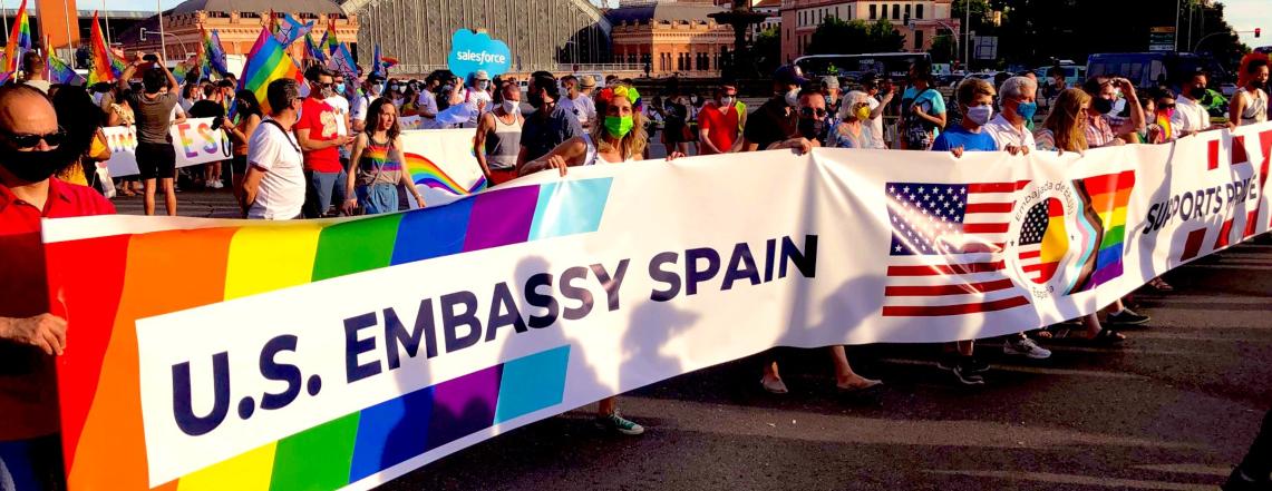 La Embajada de EE.UU. participa oficialmente en la manifestación del Orgullo de Madrid