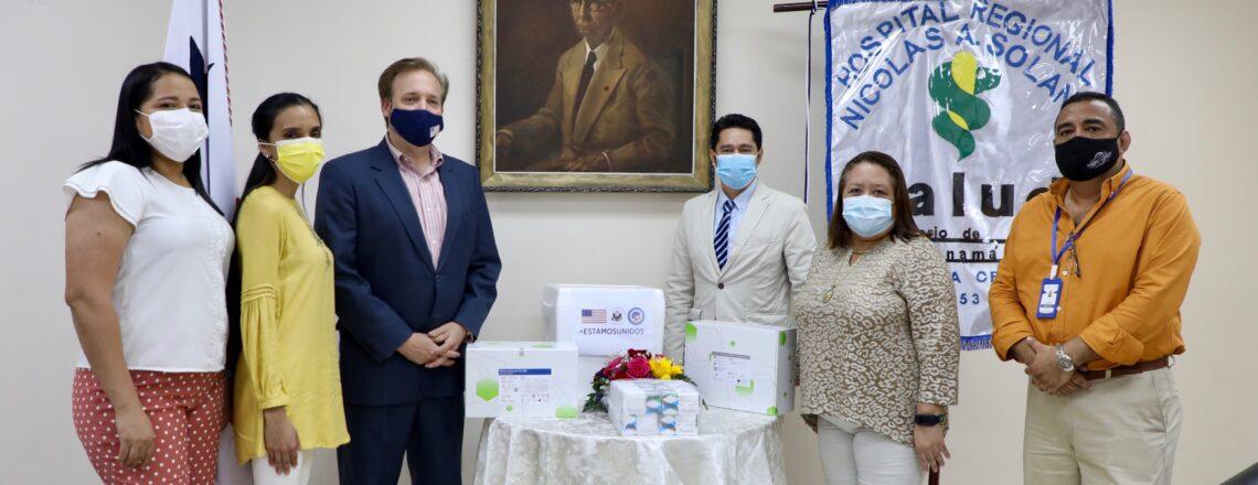 Embajada de EE.UU. entrega 6,600 pruebas de COVID-19 a hospitales