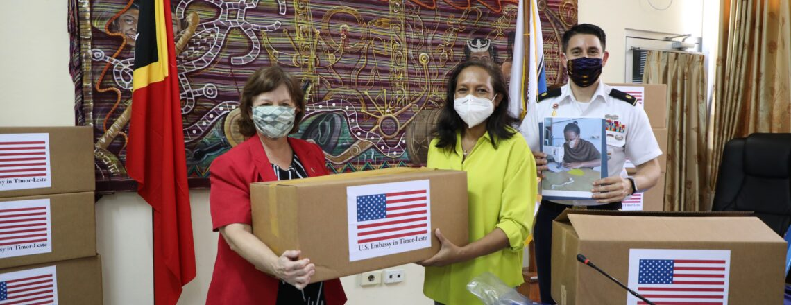 U.S. Embassy Dili provides masks to help thousands of children safely return to school