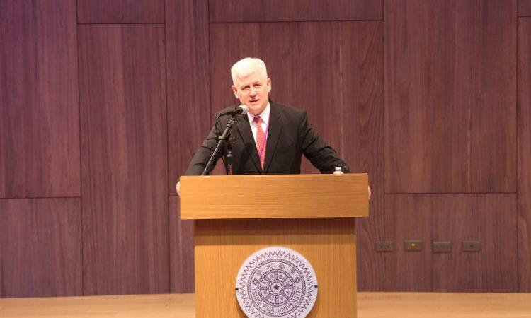 Christopher J. Marut, Director of the American Institute in Taiwan April 22, 2015 Tsinghua University, Hsinchu, Taiwan (Photo: Tsinghua University)