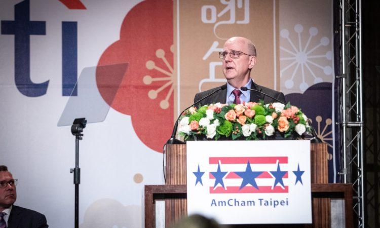 美國國務院副助理國務卿米德偉 (David Meale) 台北市美國商會謝年飯致辭 (Photo Credits: AmCham Taipei)