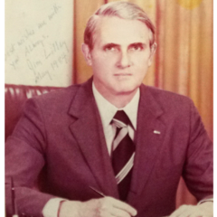 AIT 處長 李潔明 James R. Lilley (任期: 1981 - 1984)