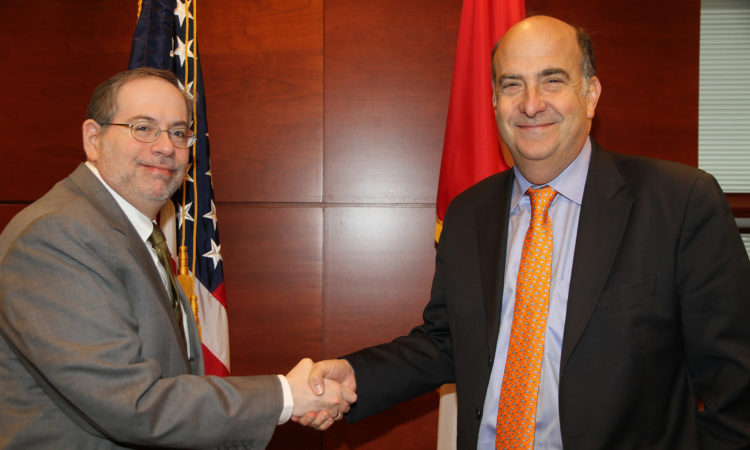DCM Richard Sanders welcomes Ambassador Merten to Canada. (US Embassy Ottawa)