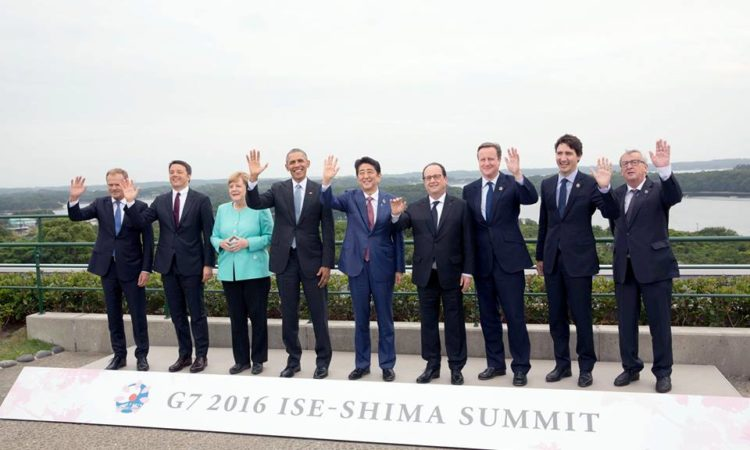 "President Barack Obama joins G7 Summit leaders for a ""family"" group photo at the Shima Kanko Hotel, Bay Suites, in Shima City, Japan, May 26, 2016. G7 leaders include: Prime Minister Justin Trudeau of Canada, President François Hollande of France, Chancellor Angela Merkel of Germany, President Matteo Renzi of Italy, Prime Minister Shinzo Abe of Japan, Prime Minister David Cameron of the United Kingdom, European Council President Donald Tusk, European Commission President Jean-Claude Juncker. (Official White House Photo by Lawrence Jackson)"