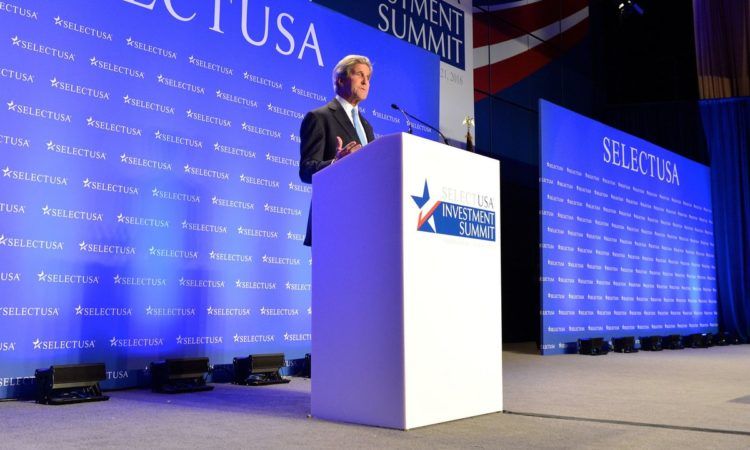 Secretary Kerry speaks at the SelectUSA Summit. Credit US Department of State.