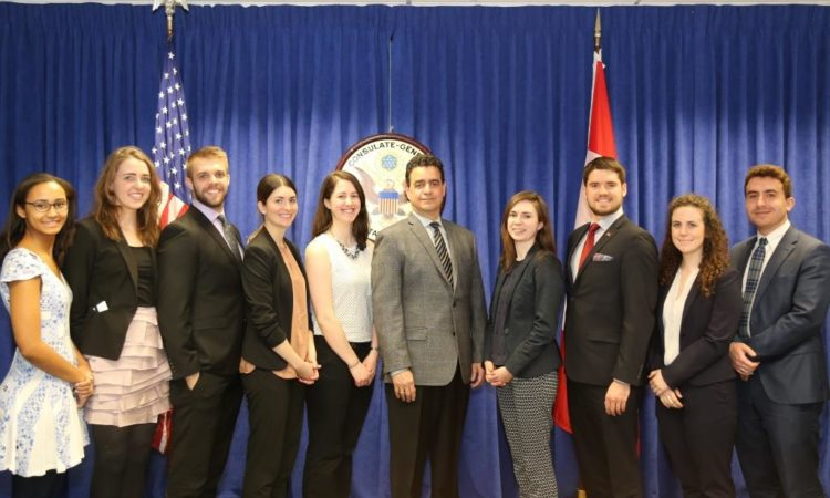 Toronto Consul General Meets with Ontario Legislature Internship Program Interns