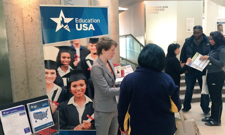 Toronto Supports Education USA at U.S. College Expo