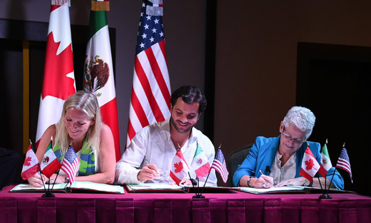(From left): Canadian Environment and Climate Change Minister Catherine McKenna; Mexican Secretary of the Environment Rafael Pacchiano; EPA Administrator Gina McCarthy. (Credit CEC)