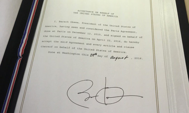 President Obama's signs U.S. acceptance of the Paris Agreement. (Credit White House)