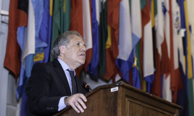 Secretary General Almagro delivers inaugural remarks at the conference at OAS headquarters in Washington, D.C., December 7, 2018. (OAS Photo)
